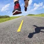 Бег по асфальту: обувь, место и техника