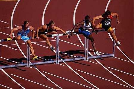 бег через барьер